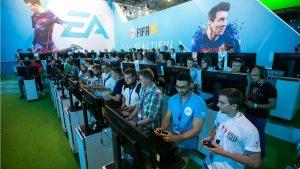 Gamer Fifa16 playing